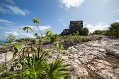 Temple of the God of Wind in the Tulum in Mexico stock images