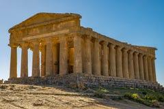 Temple grec dorique antique de Concordia, vallée des temples à Agrigente, Sicile photos libres de droits