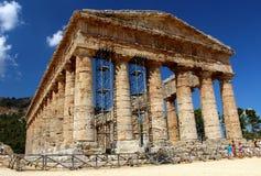 Temple grec dorique classique chez Segesta, Sicile photos stock