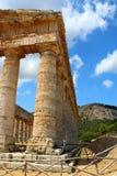 Temple grec dorique classique chez Segesta, Sicile photos libres de droits