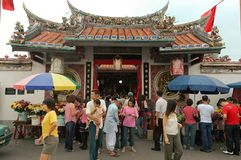 Malacca: Visitors visiting the Cheng Hoon Teng temple during Chinese New Year royalty free stock photography