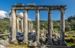Temple impressionnant de Zeus Lepsinos Ville antique d'Euromus Euromos, Milas, Mugla, Turquie images libres de droits