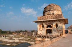 Temple indien antique, vieilles ruines de forteresse Photo libre de droits