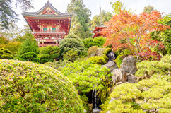 Temple japonais dans le jardin de thé japonais, San Francisco, Etats-Unis Photos libres de droits