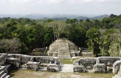 Temple maya images stock