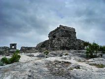 Temple maya de Tulum Images libres de droits