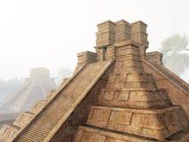 Temple maya en regain Photo libre de droits