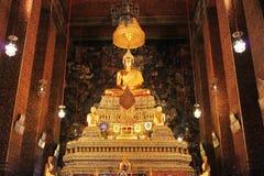 Temple menteur de Wat Pho Bouddha à Bangkok, Thaïlande - détails image libre de droits