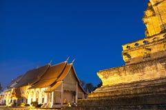 Temple merveilleux de Wat Chedi Luang de pagoda Photographie stock