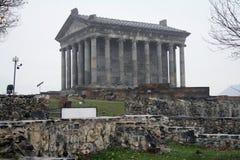 Temple païen de Garni, le temple hellénistique en république d'Arménie image libre de droits