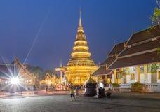 Temple Phra qui Hariphunchai Photographie stock