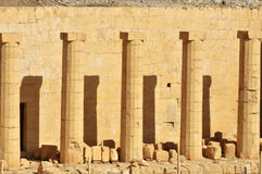 Temple of Queen Hatshepsut. Unusual sixteen sided columns in the early new kingdom mortuary temple of Queen Hatshepsut at Thebes in Egypt Stock Photo