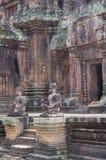 Temple remarquable de Banteay Srei images libres de droits