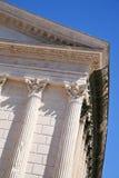 Temple romain antique à Nîmes, France Image stock