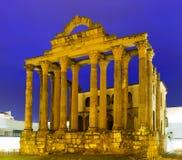 Temple romain antique dans la soirée Mérida Image libre de droits