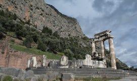 Temple sacré d'Athéna à Delphes Photographie stock libre de droits