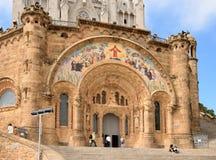 Temple sur le dessus de montagne - Tibidabo à Barcelone Photos libres de droits