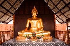 Temple thaïlandais de statue de Bouddha images stock
