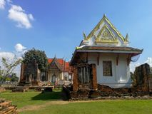 Temple thaïlandais, le temple célèbre Wat Chulamanee de Phitsanulok, Thaïlande photo libre de droits