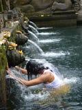 Temple Tirta Emplu dans Bali Cérémonie rituelle de la purification, photos libres de droits