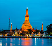 Temple. Twilight of Wat Arun Buddhist religious places of importance to the field. Bangkok, Thailand Royalty Free Stock Photography