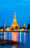 Temple. Twilight of Wat Arun Buddhist religious places of importance to the field. Bangkok, Thailand Stock Photography