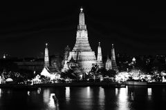 Temple. Wat arun temple at the riverfront Royalty Free Stock Photography