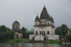 Temples blancs dans Puthia Image stock