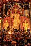 Temples de buddist de Chiang Mai - intérieur images libres de droits