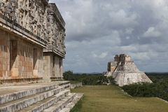 Temples de Maya dans Uxmal, Mexique Photographie stock