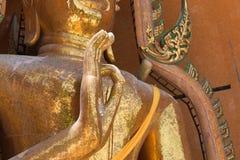 Temples de Wat Tham Seua, thaïlandais et chinois Images stock