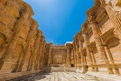 Templet av Bacchusromans fördärvar Baalbek Beeka Libanon Arkivbilder