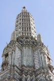 Templet av Dawn Wat Arun Arkivbild