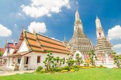 Templet av gryning, Wat Arun i Bangkok, Thailand Arkivfoton