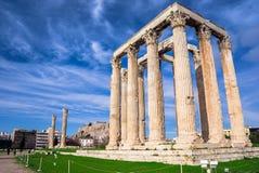 Templet av olympiska Zeus Greek: Naos-tou Olimpiou Dios, också som är bekant som Olympieionen, Aten royaltyfri bild