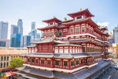 Templet för Buddhatandrelik i Singapore Arkivbild