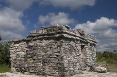 Templet fördärvar på Tulum Arkivfoton