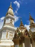 Templet i norden - östlig del av Thailand Arkivbilder