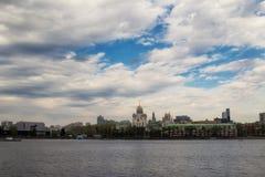 Templet på blodet av staden Yekaterinburg Arkivfoto