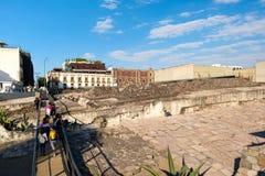 Templo市长在墨西哥城,一个主要阿兹台克宗教站点的废墟 免版税库存图片