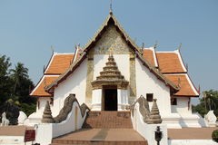 templo à¸'à¸'à¸'beautiful e grande Naga Fotos de Stock