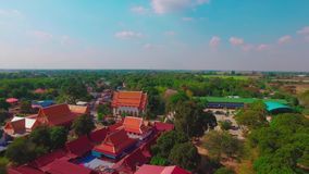 Templo aéreo del tiro en Ayutthaya Tailandia metrajes