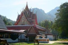 Templo agradable en el parque nacional del ROI Yot de Khao Sam Fotografía de archivo