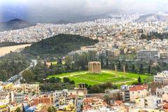 Templo antigo Zeus Greek Neighborhoods From Acropolis Atenas GR Foto de Stock