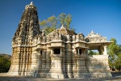 Templo antiguo de Sun en Ranakpur, la India Fotografía de archivo