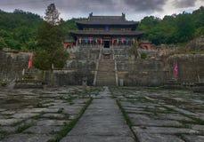 Templo antiguo del kungfu en la montaña China de Wudangshan fotografía de archivo