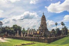 Templo antiguo tailandés Imagenes de archivo