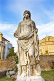 Templo Antonius Faustina Roman Forum Rome Italy do Virgin de Vestal Imagens de Stock Royalty Free