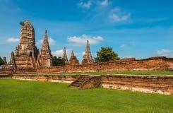 Templo arruinado, Wat Chai Wattanaram, en el parque histórico de Ayutthaya Imagen de archivo