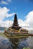 Templo Bali de Pura Ulun Danu Foto de archivo libre de regalías